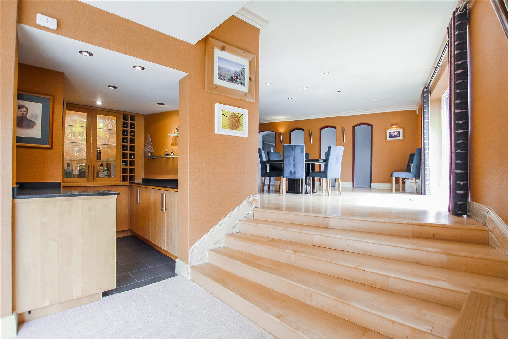 6 Bedroom Detached House For Sale - Bar to Dining room